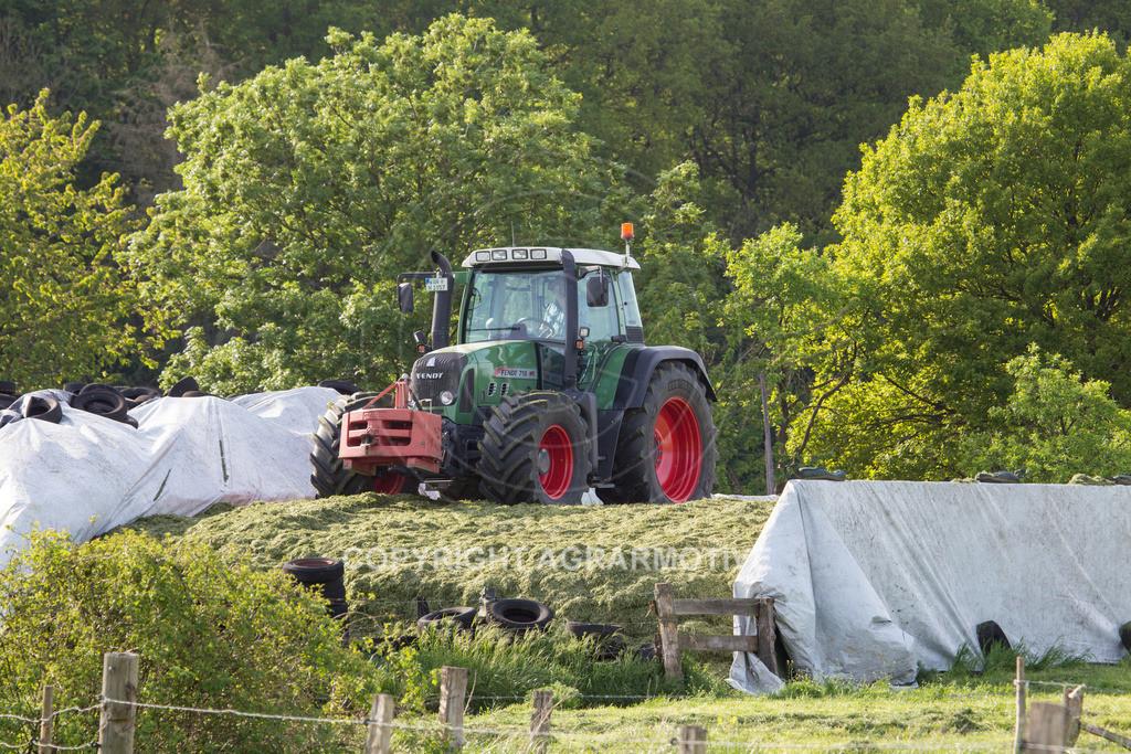 20150511-IMG_1520 | Gras silieren - AGRARMOTIVE Bilder aus der Landwirtschaft