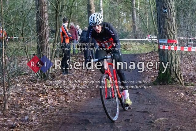 Radsport, Stevens Cyclocross Cup 2019, 10. Lauf (RSG Nordheide), Rennen 9 (Elite Herren + U23, Masters 2 / Elite Ü40 und Junioren U19), Buchholz i.d.N., 19.01.2020 | Kai Scheffing (Racing Team Herzogtum Lauenburg, #90, U19m)