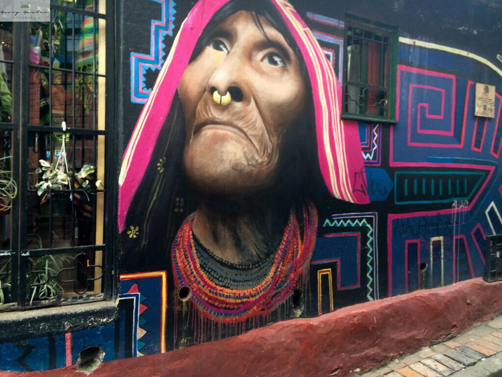 Columbia Bogota 12