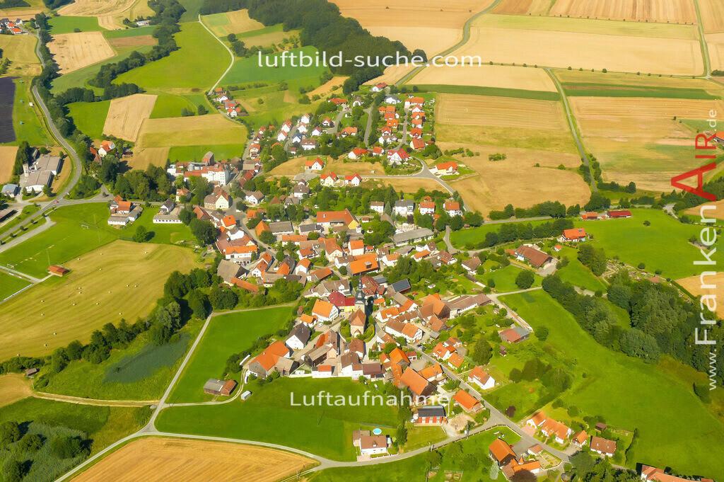 hutschdorf-thurnau-2007-61 | Luftbild von Hutschdorf Thurnau - Luftaufnahme wurde 2007 von https://frankenair.de mittels Flugzeug (keine Drohne) erstellt - die Geschenkidee