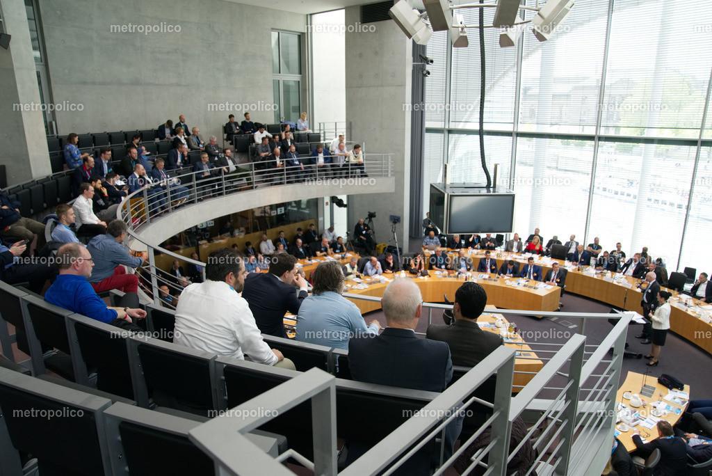 Medienkonferenz Bundestag Plenum Saal freie alternative Medien bei der AfD Fraktion am 10. Mai 2019 im Bundestag (10)