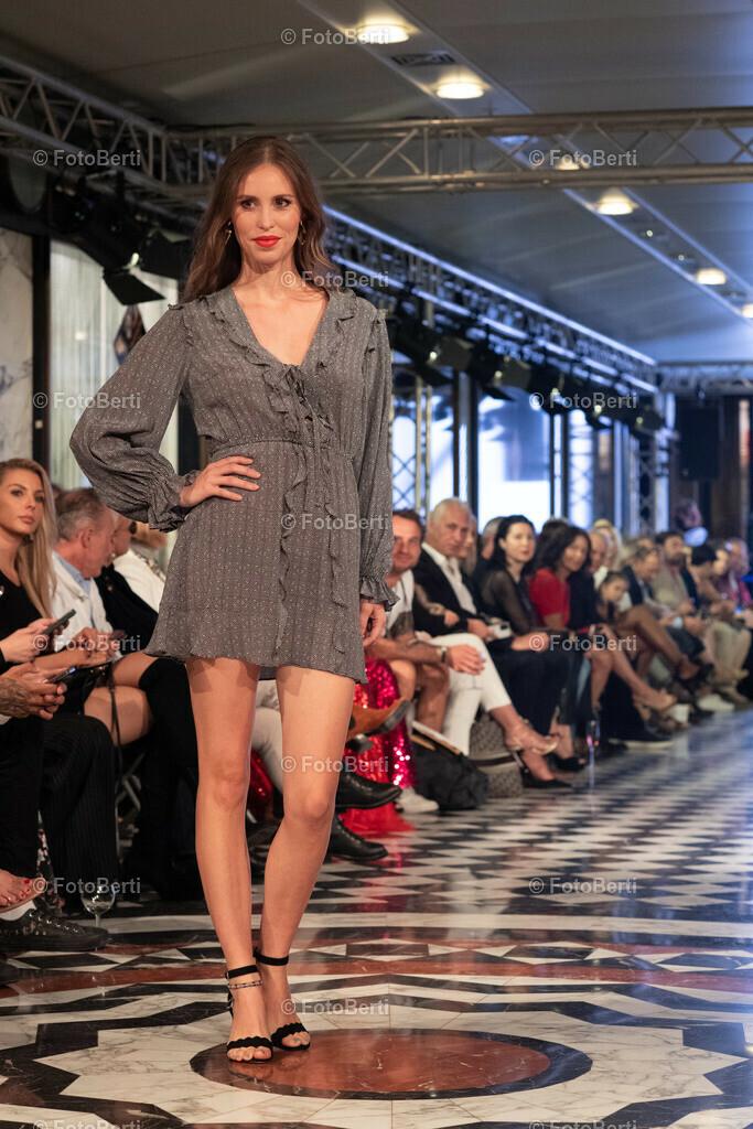 Pre-Opening der Fashion Week - Fashion Hall im Quartier 2006