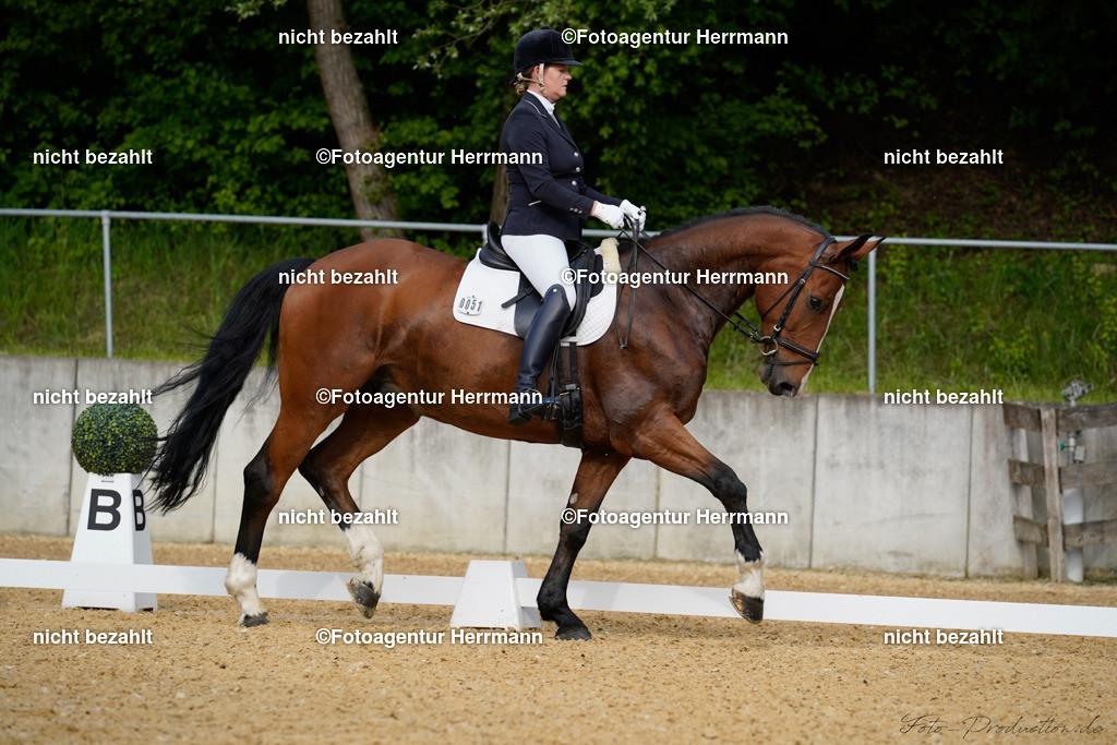 L_Foto-Production_Giesenbach2019_Starter051-3_Caroline-Rieber_Callalu
