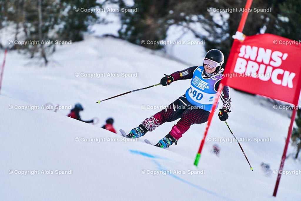ALS5872_WWMG_GS-II_C   (C) FotoLois.com, Alois Spandl, WinterWorldMastersGames 2020 Innsbruck, Giant Slalom-II Gruppe C Damen, Patscherkofel Olympiaabfahrt, Mi 15. Jänner 2020.