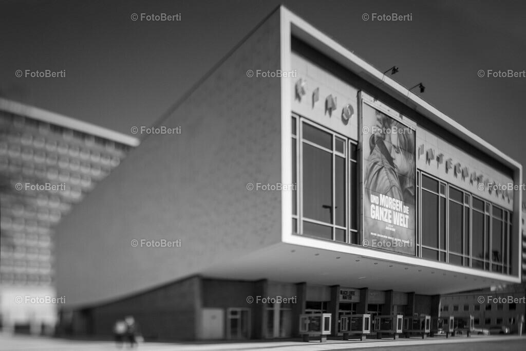 Das geschlossene Kino International in Berlin