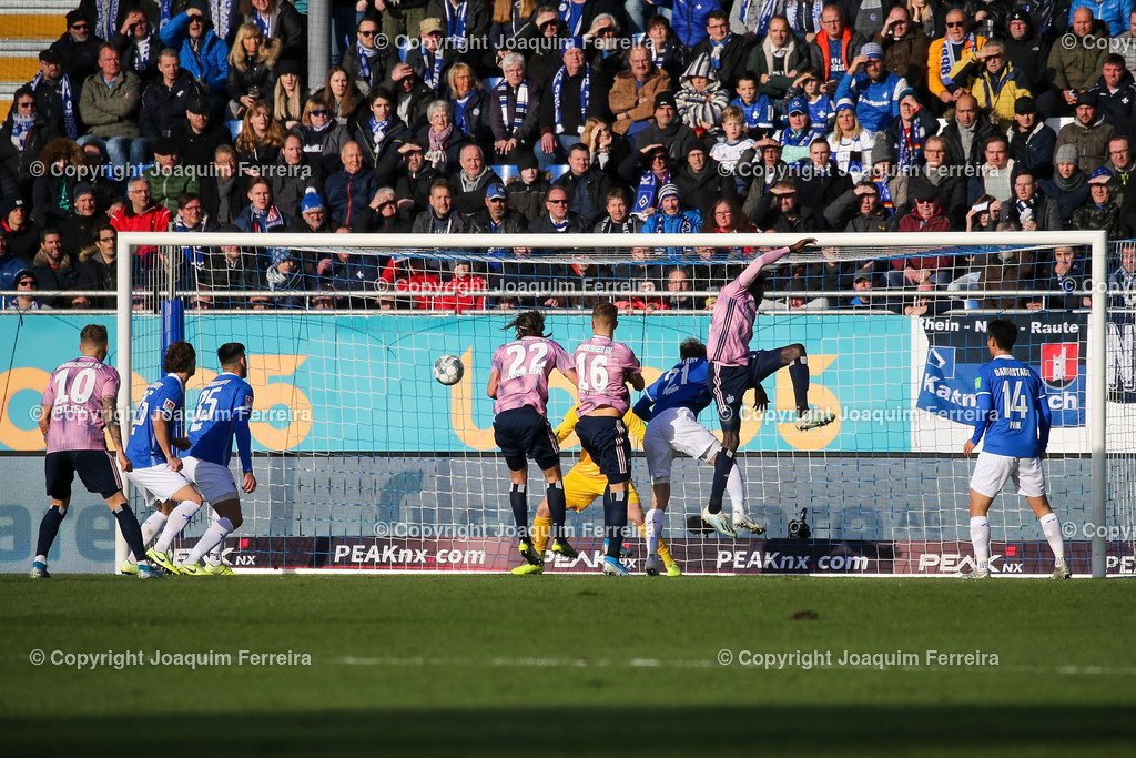 191221svdvshsv_0526 | 21.12.2019 Fussball 2.Bundesliga, SV Darmstadt 98-Hamburger SV emspor, despor  v.l.,  Lukas Hinterseer (Hamburger SV) Goal scored, Tor zum 0:1    (DFL/DFB REGULATIONS PROHIBIT ANY USE OF PHOTOGRAPHS as IMAGE SEQUENCES and/or QUASI-VIDEO)