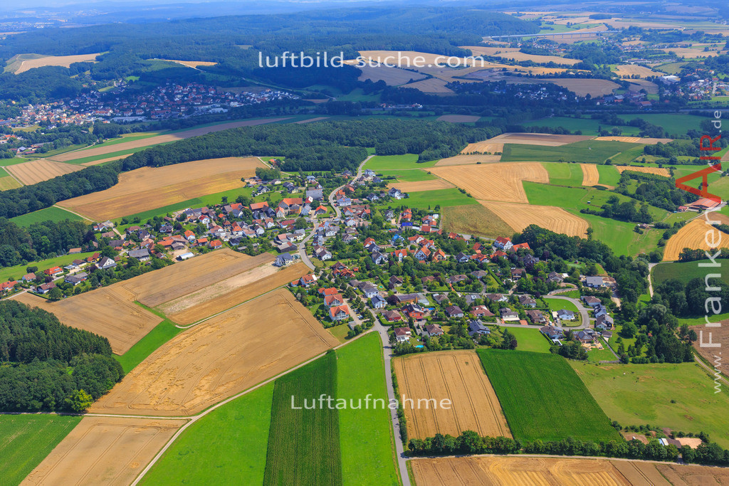 haarth-untersiemau-17-4936 | Luftbild von Haarth Untersiemau - Luftaufnahme wurde 2017 von https://frankenair.de mittels Flugzeug (keine Drohne) erstellt - die Geschenkidee