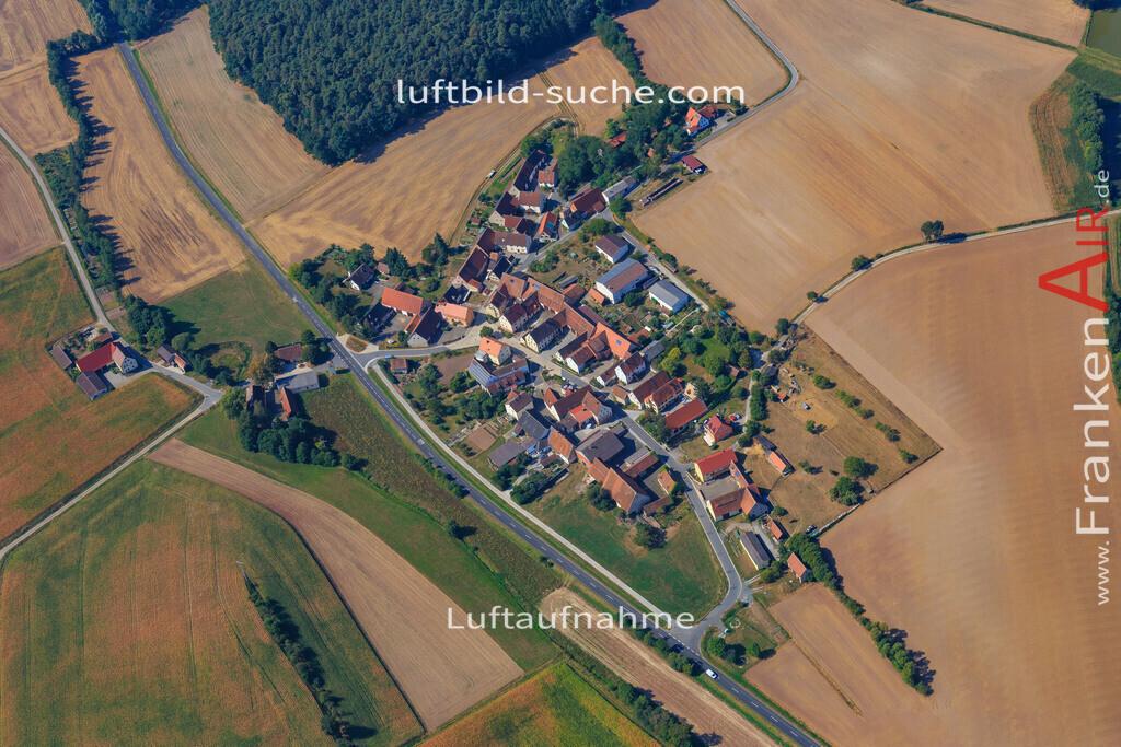 tragelhoechstadt-uehlfeld-2016-282 | Luftbild von Tragelhoechstadt Uehlfeld - Luftaufnahme wurde 2016 von https://frankenair.de mittels Flugzeug (keine Drohne) erstellt - die Geschenkidee