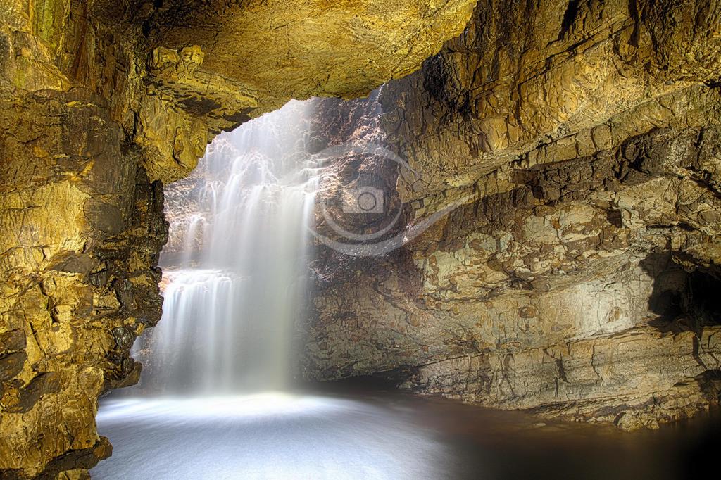 Schottland_ Smoo Cave