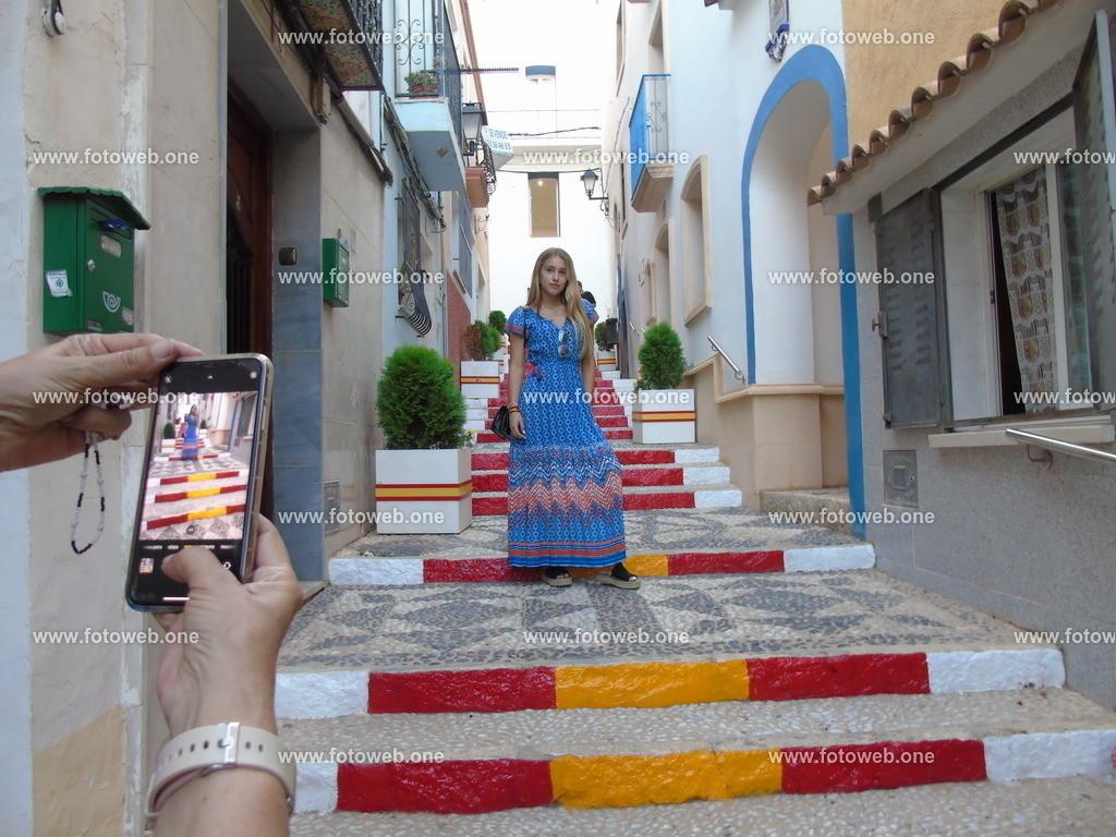 ein beliebtes Fotomotiv | Die Spanische Treppe, eine beliebte Besucherattraktion in der Stadt Calpe an der Costa Blanca in Spanien