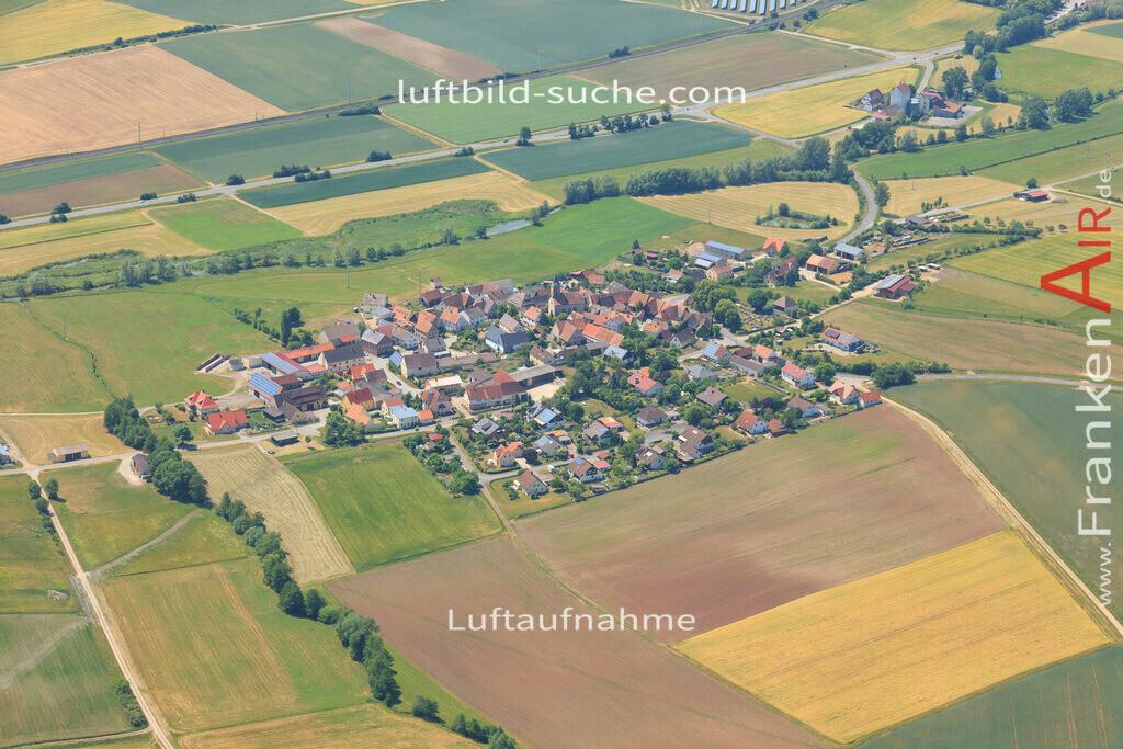 unterlaimbach-scheinfeld-2015-63 | Luftbild von Unterlaimbach Scheinfeld - Luftaufnahme wurde 2015 von https://frankenair.de mittels Flugzeug (keine Drohne) erstellt - die Geschenkidee