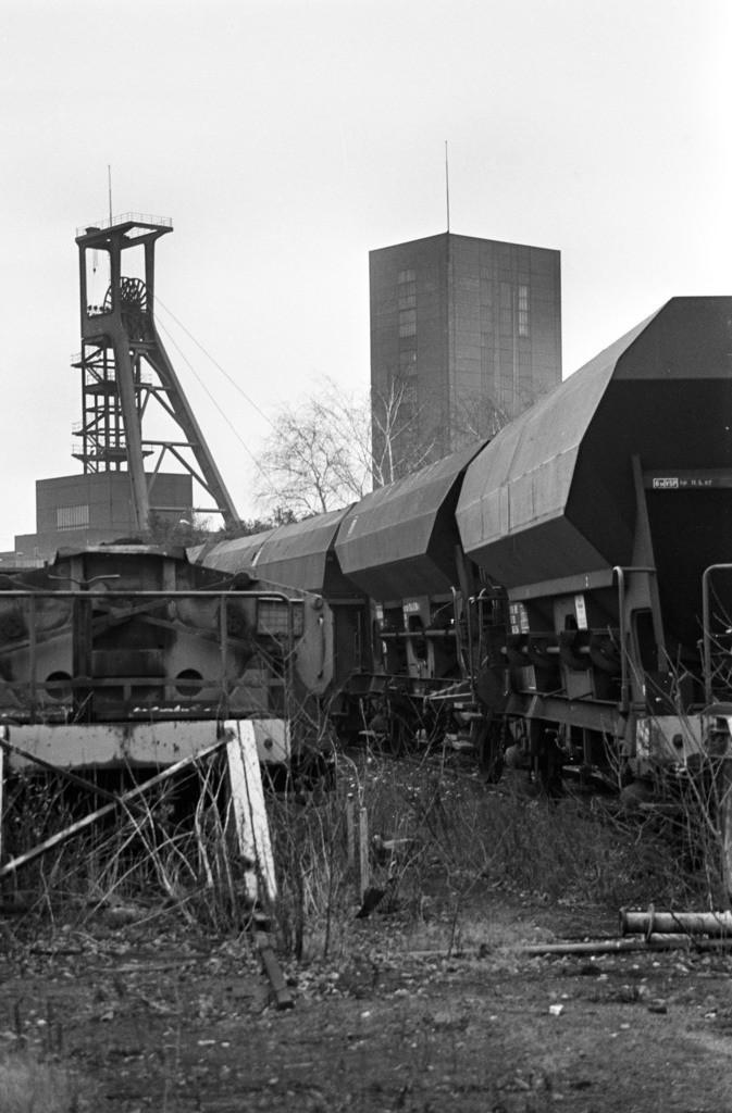 Zollverein | Essen, NRW, Deutschland,14.12.1987, Zeche Zollverein, ein Jahr nach der Schließung.