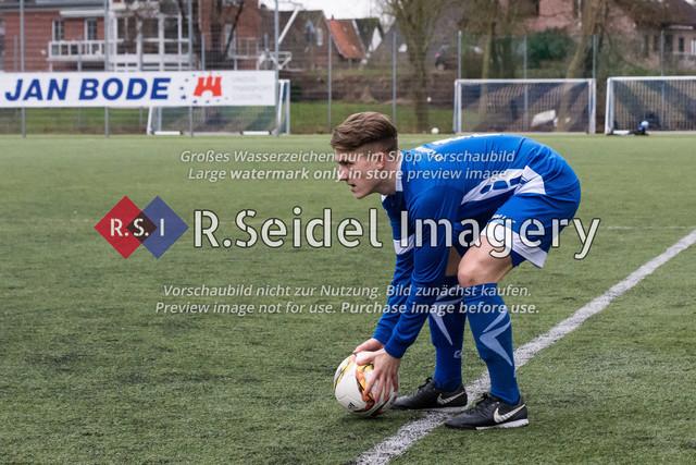190127_RS-179308_NIK_3910 | Foto des SVCN Rückrunden Vorbereitungsturnier-Finales zwischen SV Curslack-Neuengamme I. und Lüneburger SK Hansa I. am 27.01.2019 auf dem Kunstrasenplatz in Curslack.