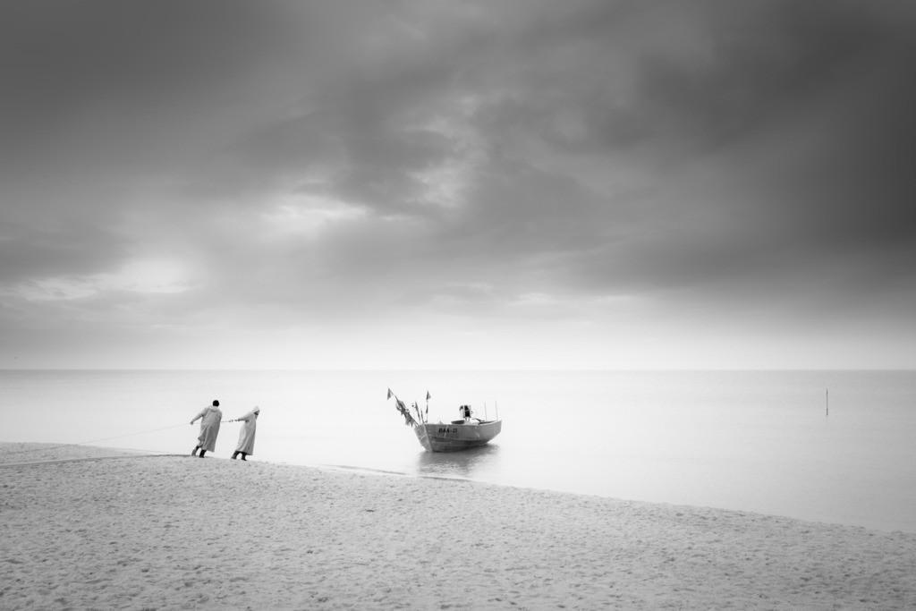 Rügenfischer | Fischer von Baabe lassen ihr Boot zu Wasser.