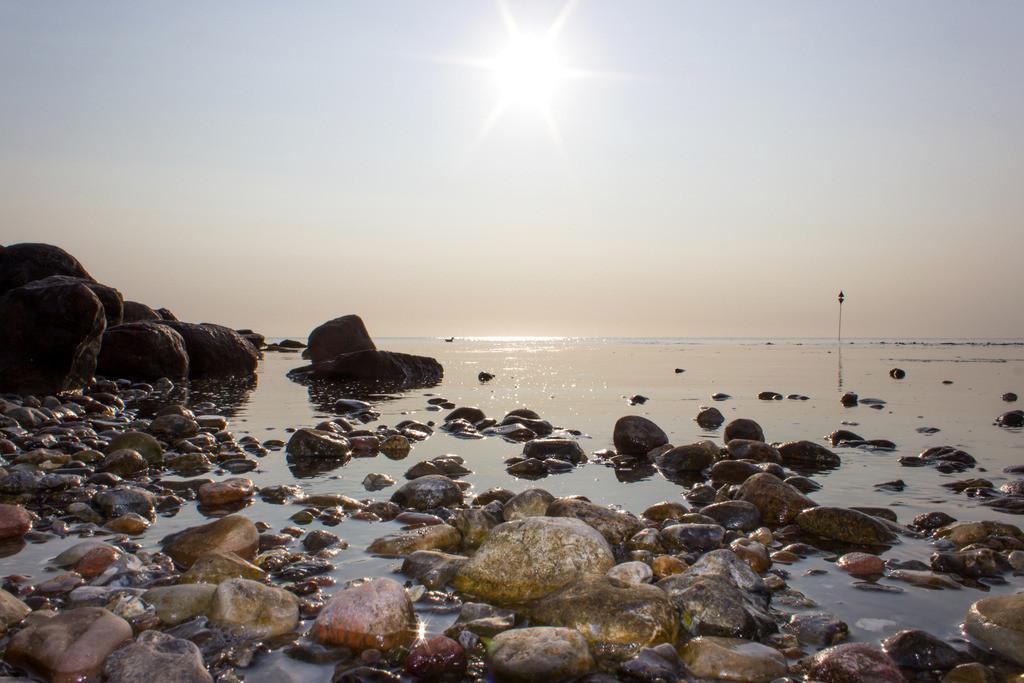 Sommer am Meer | Sonne über der Ostsee in Damp