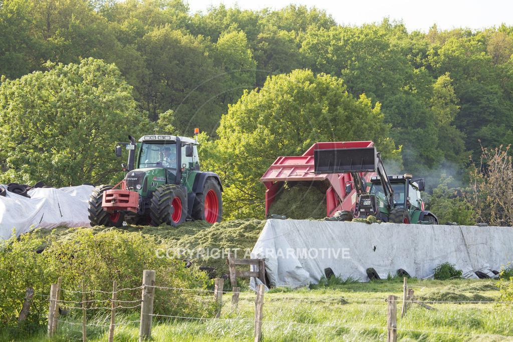 20150511-IMG_1549 | Gras silieren - AGRARMOTIVE Bilder aus der Landwirtschaft