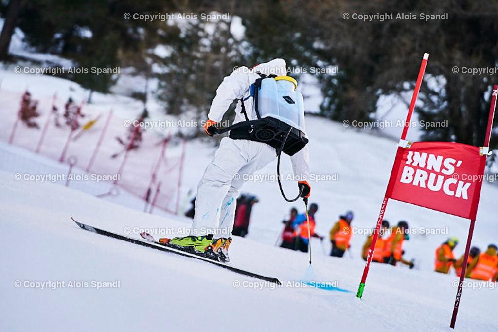 ALS5400_WWMG_GS-II_C_Markierung | (C) FotoLois.com, Alois Spandl, WinterWorldMastersGames 2020 Innsbruck, Giant Slalom-II Gruppe C Damen, Patscherkofel Olympiaabfahrt, Mi 15. Jänner 2020.