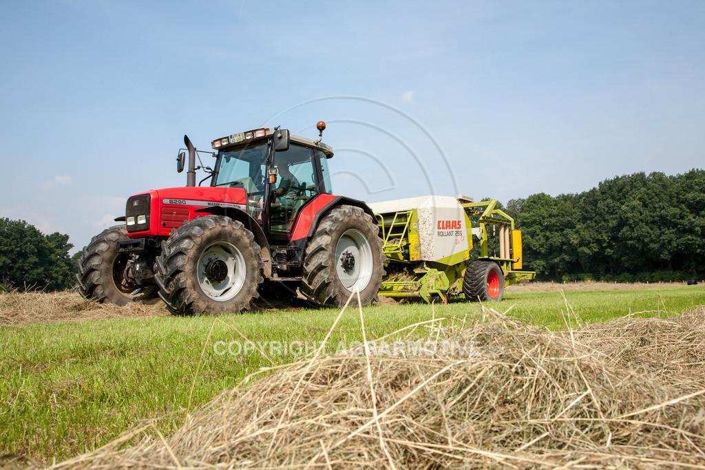 IMG_7862_080108_105802 | Rundballenpresse mit Wickler für Grassilage - AGRARMOTIVE