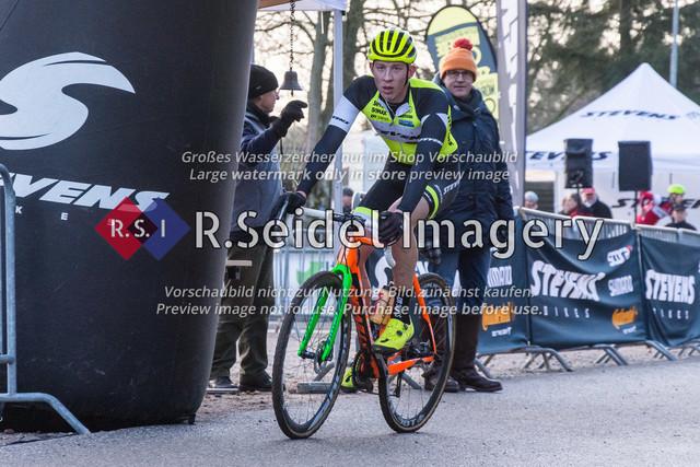 Radsport, Stevens Cyclocross Cup 2019, 10. Lauf (RSG Nordheide), Rennen 9 (Elite Herren + U23, Masters 2 / Elite Ü40 und Junioren U19), Buchholz i.d.N., 19.01.2020 | Luk Boving (RSG Nordheide, #46, Elite)