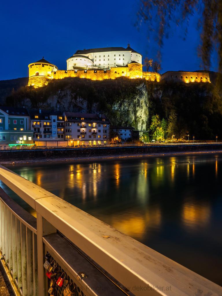 Festung Kufstein bei Nacht 1   Kufstein bei Nacht mit Festung und Inn.