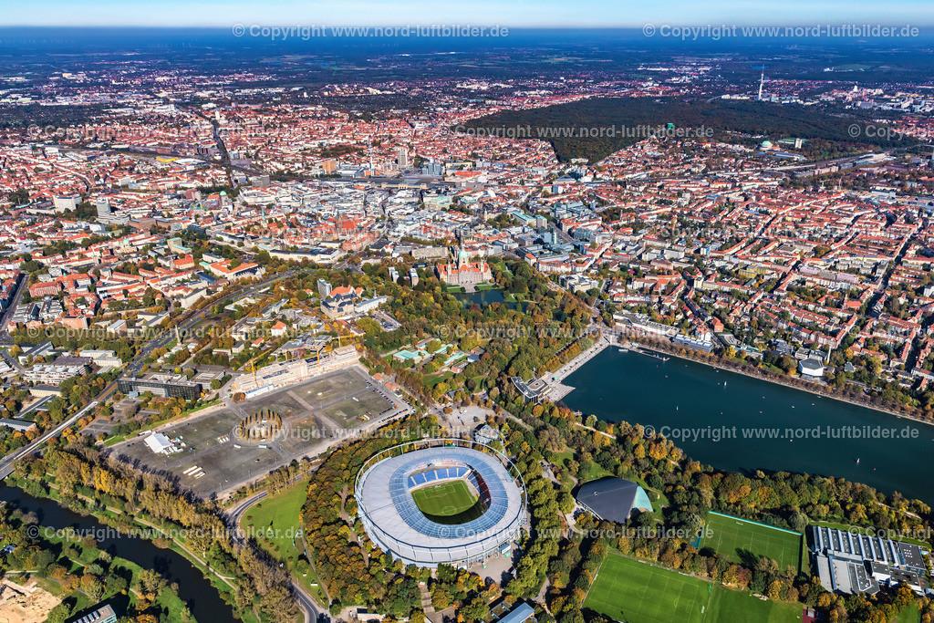 Hannover_Südstadt-Eilenriede_Oststadt_Stadion_ELS_6541151017 | Hannover - Aufnahmedatum: 15.10.2017, Aufnahmehöhe: 638 m, Koordinaten: N52°21.187' - E9°43.608', Bildgröße: 7425 x  4950 Pixel - Copyright 2017 by Martin Elsen, Kontakt: Tel.: +49 157 74581206, E-Mail: info@schoenes-foto.de  Schlagwörter:Hannover,Stadion,Hannover 96,HDI,Mitte Zentrum, Innenstadt,Luftbild, Luftbilder, Deutschland