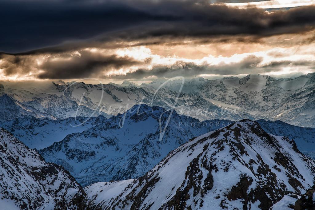 Stubaier Alpen   Herrliche Lichtstimmung in den Stubaier Alpen