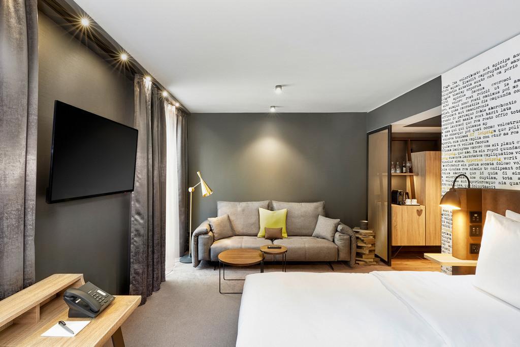 junior-suite-03-hyperion-hotel-leipzig