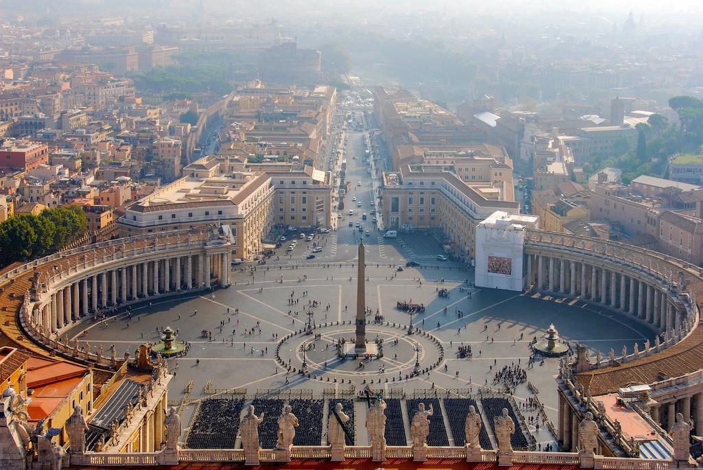 2009-10-01_095802_File_010 | Petersplatz in Rom