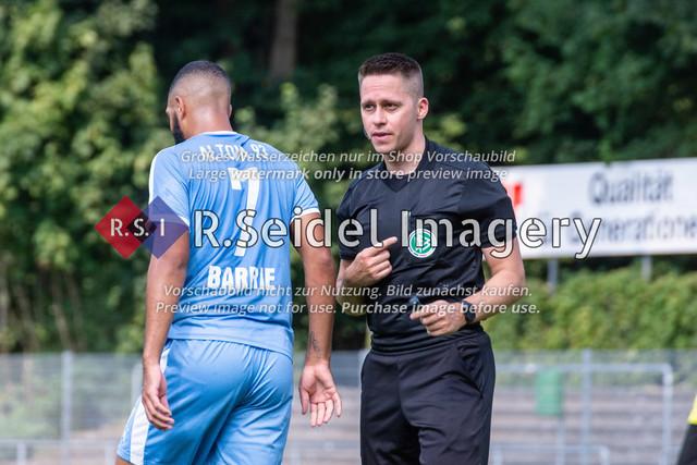 Fußball, Herren, LOTTO-Pokal Halbfinale, FC Eintracht Norderstedt - Altona 93, Edmund-Plambeck-Stadion, 16.08.2020   Fabian Porsch (Schiedsrichter)