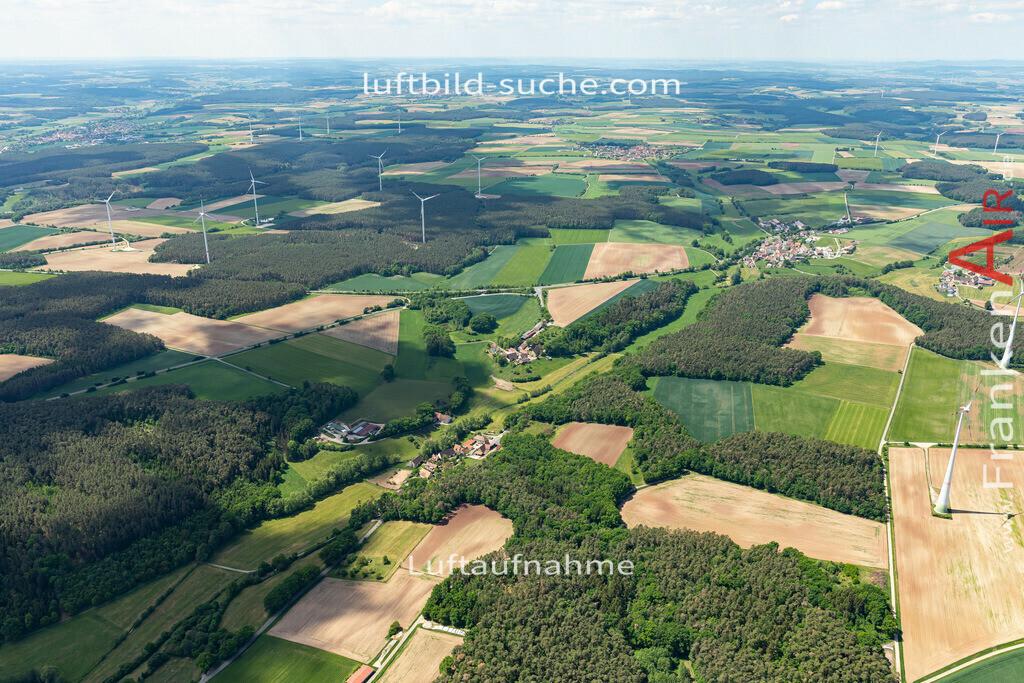 hagenbuechach-2020-07   Aktuelles Luftbild von  Hagenbüchach - Die Luftaufnahme wurde 2020 mittels UL-Flugzeug erstellt ( keine Drohne ) - hochauflösende Kamera-Systeme von  Canon - Beste Qualität - Für grossformatige Ausdrucke geeignet. Die Geschenkidee !