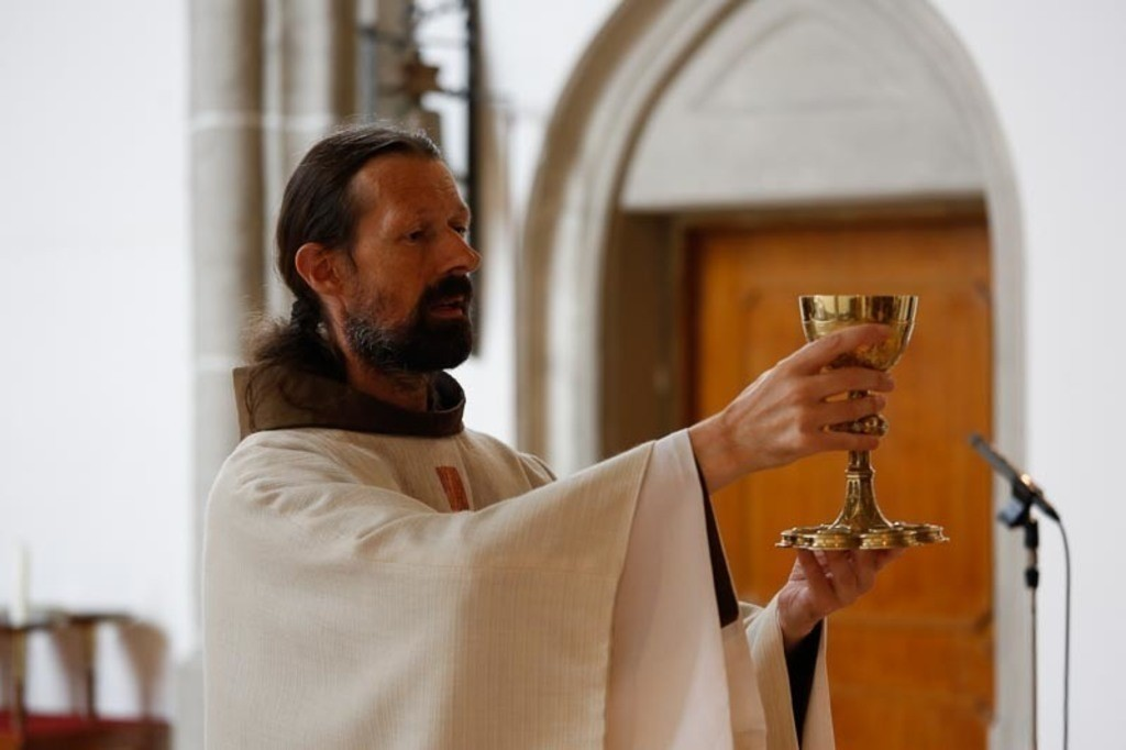 Carina_Florian zu Hause_Kirche WeSt-photographs01269