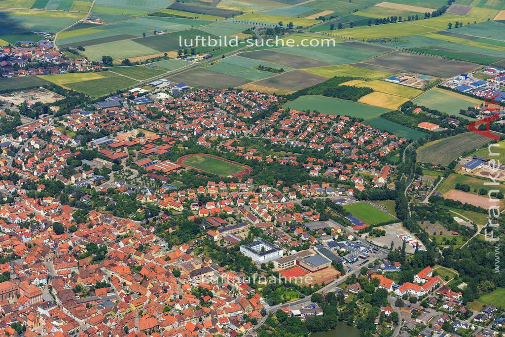 bad-windsheim-2015-1612 | Luftbild von  Bad-windsheim - Luftaufnahme wurde 2015 von https://frankenair.de mittels Flugzeug (keine Drohne) erstellt - die Geschenkidee