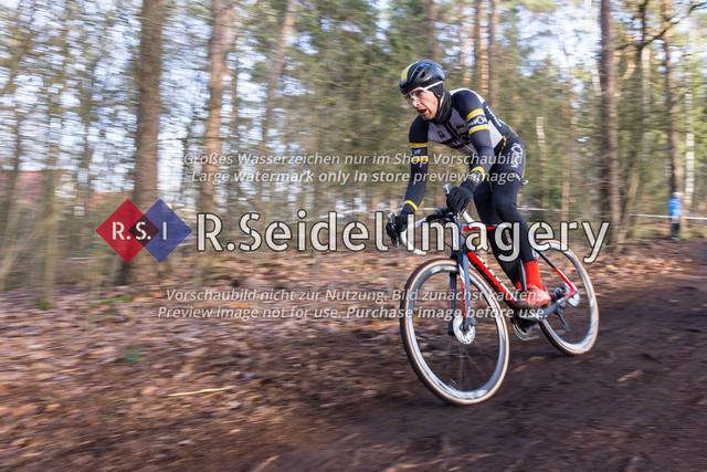Radsport, Stevens Cyclocross Cup 2019, 10. Lauf (RSG Nordheide), Rennen 9 (Elite Herren + U23, Masters 2 / Elite Ü40 und Junioren U19), Buchholz i.d.N., 19.01.2020   Nico Evers (RG Uni Hamburg, #184, Masters 2)