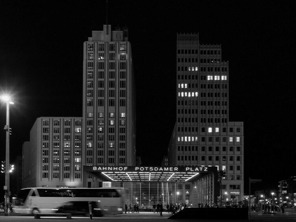 Berlin Potsdamer Platz at night | Berlin Potsdamer Platz at night