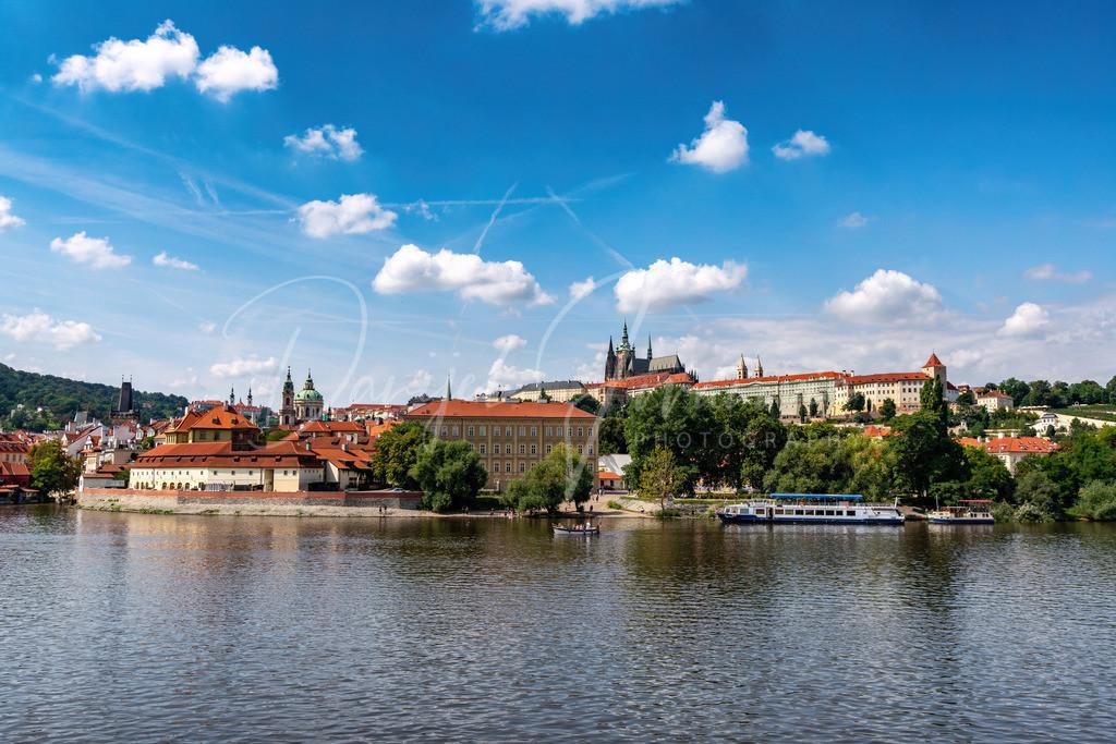 Mala Strana   Stadtteil Mala Strana mit der Prager Burg