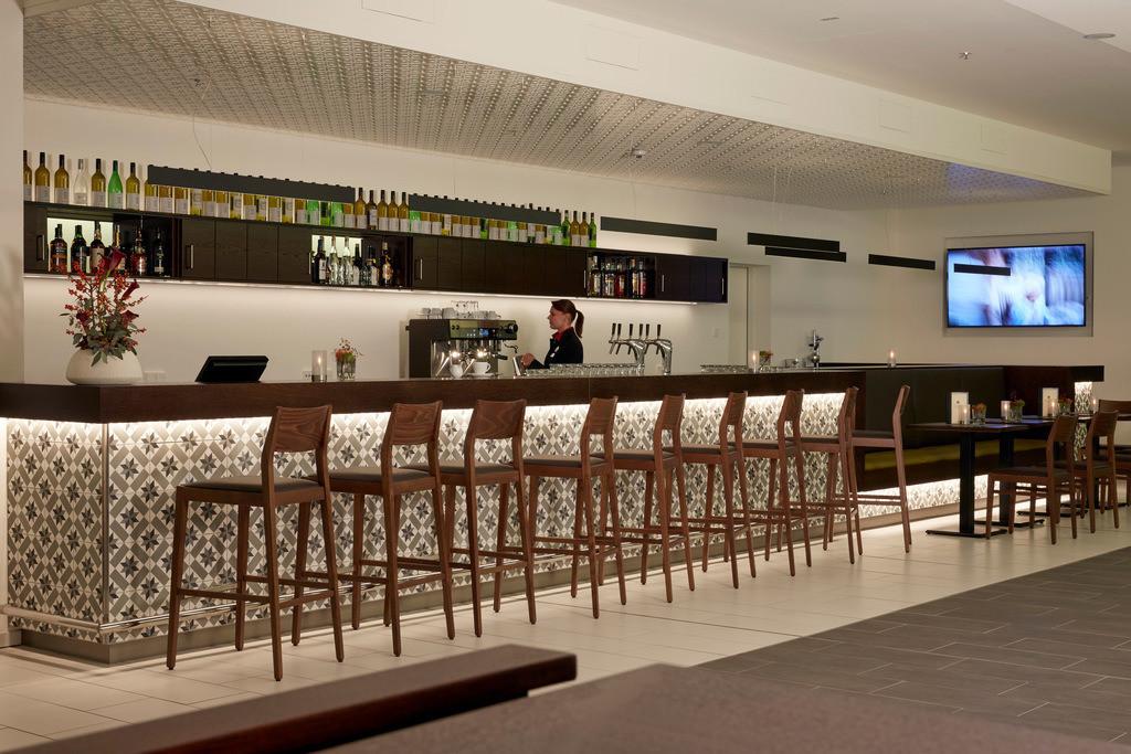 tagesbar-service-01-hyperion-hotel-hamburg