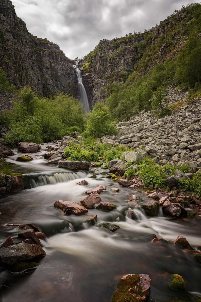 Njupeskär Wasserfall   Der Njupeskär Wasserfall im Fulufjället Nationalpark.