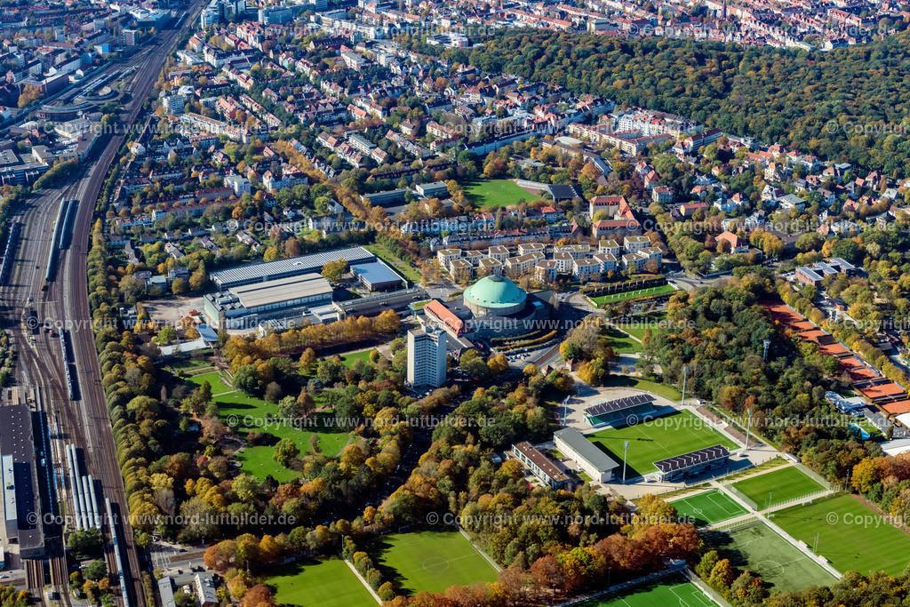 Hannover_Congress Centrum_ELS_6806151017 | Hannover - Aufnahmedatum: 15.10.2017, Aufnahmehöhe: 658 m, Koordinaten: N52°22.391' - E9°47.295', Bildgröße: 6808 x  4539 Pixel - Copyright 2017 by Martin Elsen, Kontakt: Tel.: +49 157 74581206, E-Mail: info@schoenes-foto.de  Schlagwörter:Hannover,Luftbild, Luftbilder, Deutschland