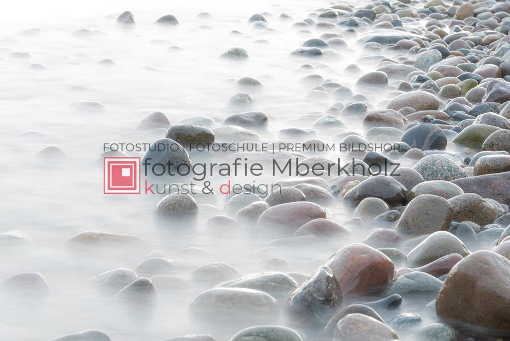 __Marko_Berkholz_Steine_MBE1342 | Die Bildergalerie Düne, Strand & Meer des Warnemünder Fotografen Marko Berkholz, zeigt Impressionen der abwechslungsreichen Dünenlandschaft an der Ostsee.