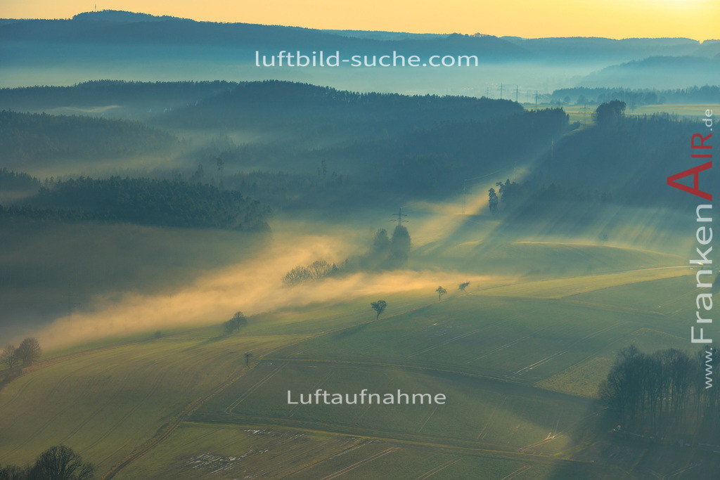 katschenreuth-nebel-kulmbach-18-46 | aktuelles Luftbild von Katschenreuth-nebel Kulmbach - Luftaufnahme wurde 2018 von https://frankenair.de mittels Flugzeug (keine Drohne) erstellt.