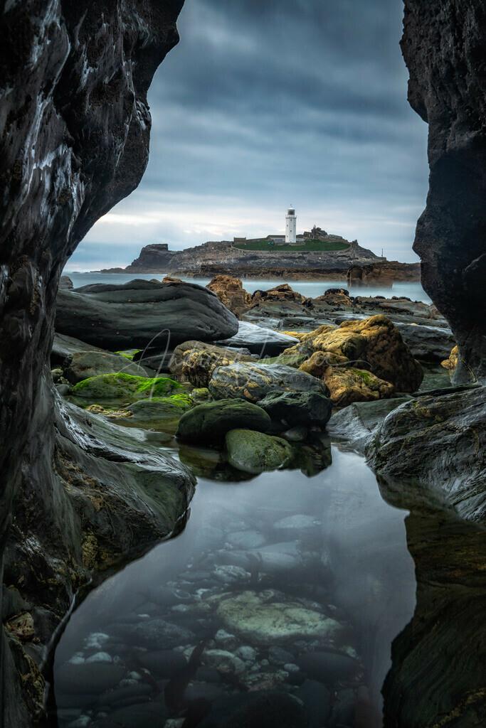 Zwischen den Felsen