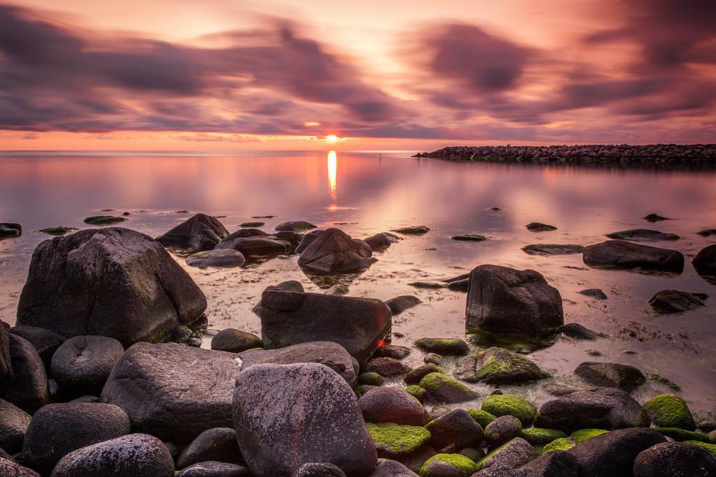 Sonnenuntergang in Vang | Sonnenuntergang an der Küste von Vang aufgenommen.