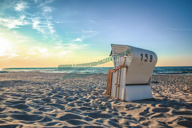 Strandkorb im Sonnenuntergang  | Strandkorb im Sonnenuntergang am Strand