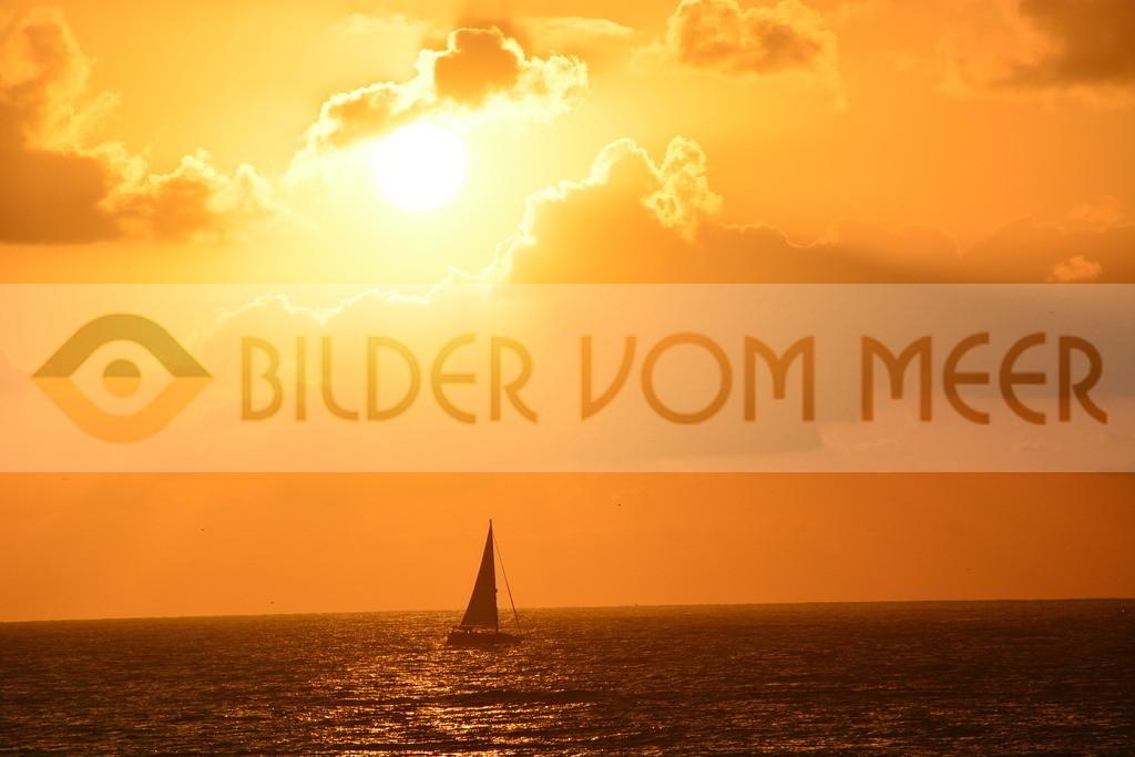 Sonnenaufgang Bilder | Sonnenaufgang Bilder am Meer mit Schiff