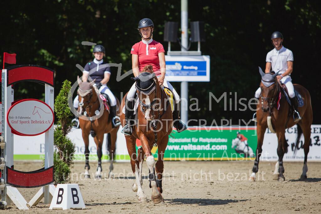 200819_Delbrück_Sprpf-A_2_1-269 | Delbrück Masters 2020 Springpferdeprüfung Kl. A** 4-6jährige Pferde