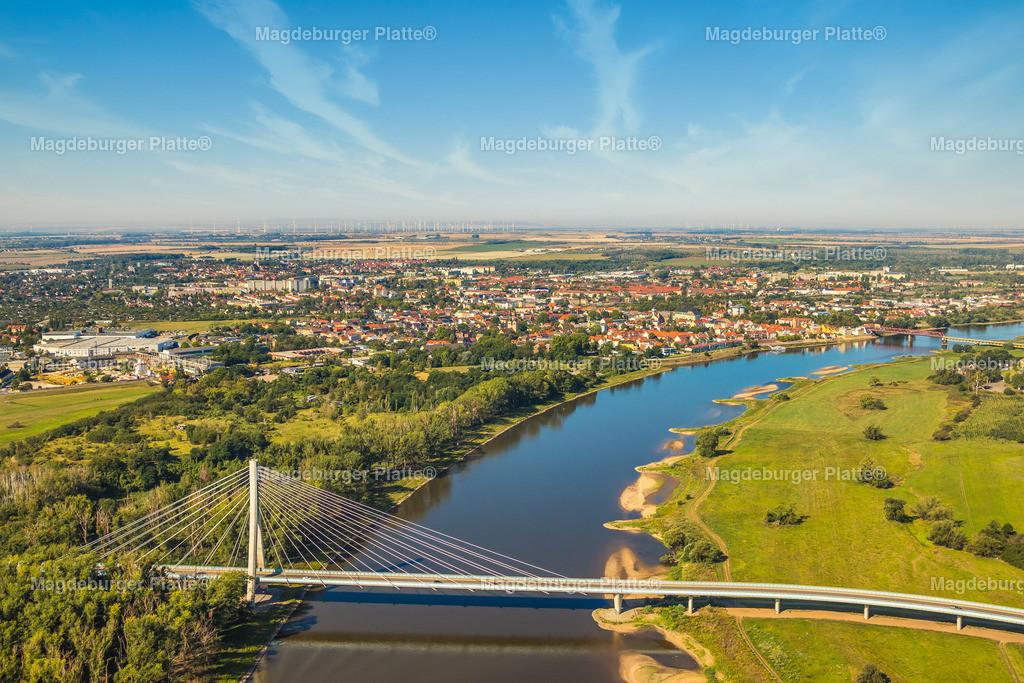 Schönebeck-7975-2   Die schönsten Luftbilder von Sachen-Anhalt aus der Vogelperspektive. Bilddatenbank der Luftbildfotografie seit 2005