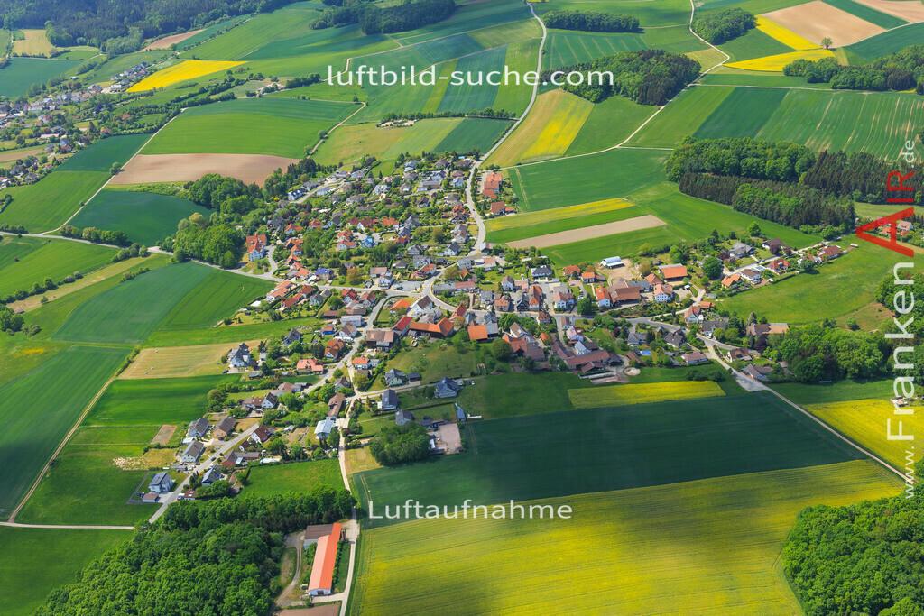 haarth-untersiemau-2015-3487 | Luftbild von Haarth Untersiemau - Luftaufnahme wurde 2015 von https://frankenair.de mittels Flugzeug (keine Drohne) erstellt - die Geschenkidee