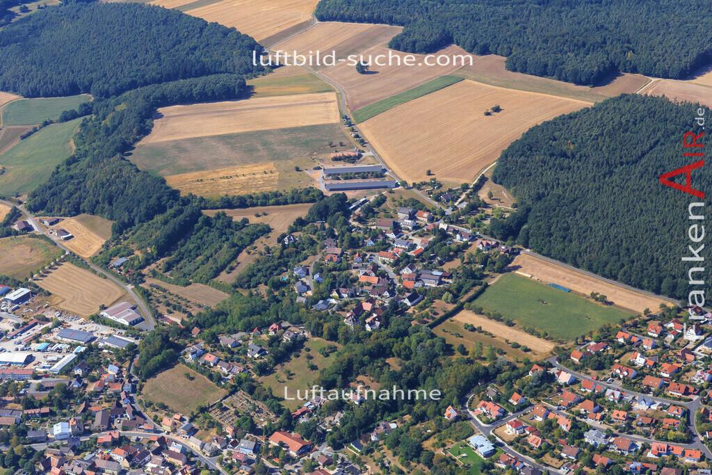 niederndorf-burghaslach-2015-4991 | Luftbild von Niederndorf Burghaslach - Luftaufnahme wurde 2015 von https://frankenair.de mittels Flugzeug (keine Drohne) erstellt - die Geschenkidee