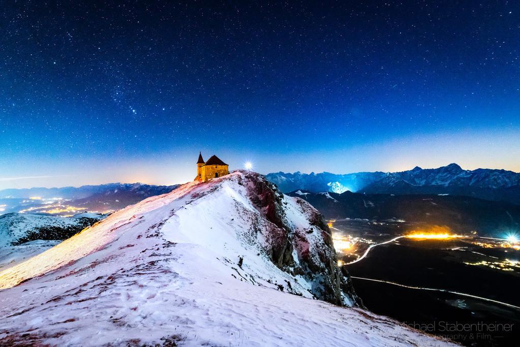 Abendstimmung am Dobratsch | am Hausberg von Villach. In der Nähe vom Gailtal und der Grenze zu Slovenien und Italien.