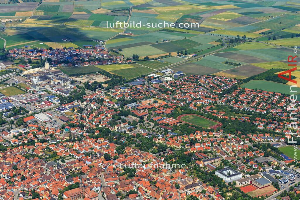 bad-windsheim-2015-1613 | Luftbild von  Bad-windsheim - Luftaufnahme wurde 2015 von https://frankenair.de mittels Flugzeug (keine Drohne) erstellt - die Geschenkidee